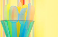 färgrika picknickware Arkivfoton