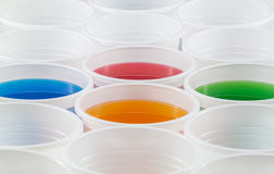 Färgrika Plastic koppar Royaltyfria Bilder