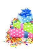 färgrika presents för födelsedag Royaltyfri Bild