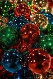 färgrika prydnadar för jul Arkivfoton