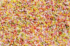 Färgrika söta förälskelsepärlor Royaltyfria Bilder