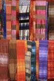 Färgrika Scarves av Essaouira Arkivbild