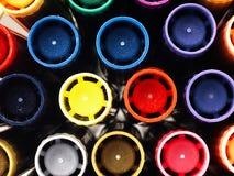 Färgrika skolamarkörer nära Royaltyfri Fotografi