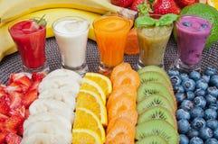 färgrika smoothies Fotografering för Bildbyråer