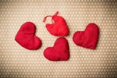 Färgrika stack hjärtor Arkivbild