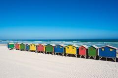 Färgrika strandhus på Cape Town Arkivfoto
