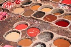 färgrika tanneries Royaltyfri Fotografi