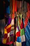 färgrika textilar arkivbild