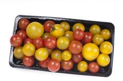 färgrika tomater för Cherry fotografering för bildbyråer