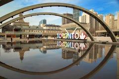Färgrika Toronto undertecknar in Toronto, Kanada Fotografering för Bildbyråer