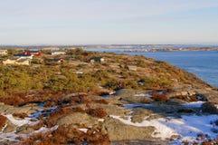 Färgrika träsommarställen på tältplatsen Fotografering för Bildbyråer