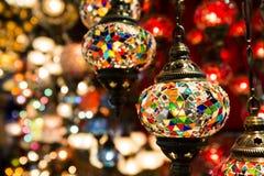 Färgrika turkiska lyktor arkivfoto