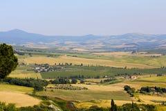 Färgrika Tuscany arkivbild