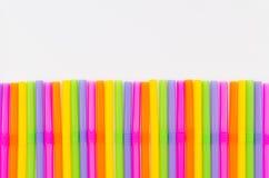 Färgrikt av att dricka sugrörbakgrund Arkivbild