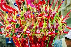 Färgrikt av den kinesiska drakeleksaken Arkivbilder