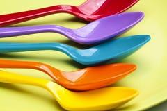 Färgrikt av skedar Fotografering för Bildbyråer