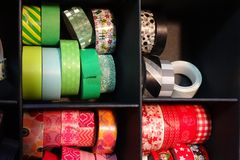 Färgrikt band som ska dekoreras, urklippsbokmaterial Royaltyfria Foton