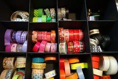 Färgrikt band som ska dekoreras, urklippsbokmaterial, band Arkivfoto