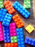 färgrikt blockbyggande Arkivbilder
