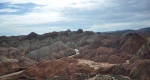 Färgrikt Danxia landskap, mycket härligt landskap Royaltyfri Fotografi