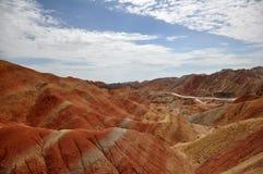 Färgrikt Danxia landskap, mycket härligt landskap Royaltyfria Foton