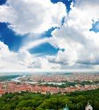 Färgrikt landskap av Prague (Praha), Royaltyfri Bild