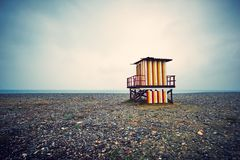 Färgrikt livräddaretorn på stranden Batumi Georgia Arkivbild