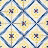 Färgrikt marockanskt för tappning, portugistegelplattor, Azulejo, prydnader Arkivbild