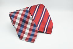 Färgrikt randigt och rutigt siden- manband som isoleras på vit bakgrund Royaltyfria Bilder