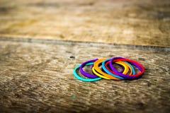 Färgrikt rubber musikband Royaltyfria Bilder