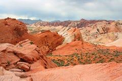 Färgrikt sandstenbildande i Nevada royaltyfri fotografi
