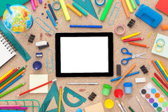 Färgrikt skrivbord med skolatillförsel Top beskådar Arkivfoton