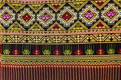 Färgrikt slut för yttersida för Thailand stilfilt upp Arkivbild