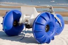 färgrikt trehjulingvatten Royaltyfri Fotografi