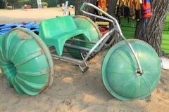 färgrikt trehjulingvatten Arkivbilder