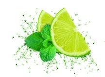Färgstänk för limefruktfruktsaft Arkivbilder