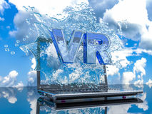 Färgstänkvatten från bärbar datorskärmen med symboler VR, 3d framför Arkivfoton