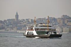 Färja i Istanbul Arkivfoto