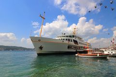Färja i Istanbul Royaltyfri Foto