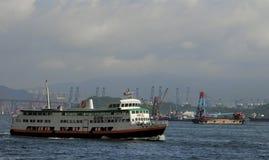 Färja i Victoria Harbour Royaltyfria Foton