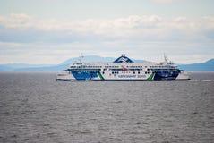 Färja mellan Vancouver och den Vancouver ön, Kanada Royaltyfri Fotografi