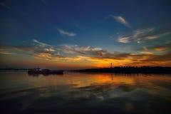 Färja på Donauen på solnedgången Royaltyfri Fotografi