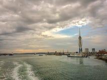 Färja Portsmouth hamn, Förenade kungariket Royaltyfria Bilder