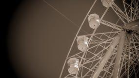 Färjan rullar in svart-vit Arkivfoton