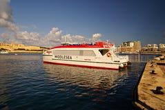 Färjer trans. på ön av Malta Fotografering för Bildbyråer