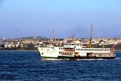 Färjor av Istanbul Fotografering för Bildbyråer