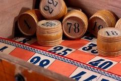 Fässer für Spiel in einem Lotto Stockfotografie