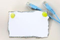 fästande ihop bland annat meddelande av din klar riven white för paper bana Arkivbilder