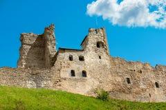 Fästeväggar Rakvere Estland, EU Royaltyfri Fotografi