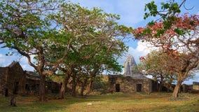 Fästning av Nossa Senhora DOS Remedios och maximal kulle, Fernando de Noronha, Brasilien royaltyfria foton